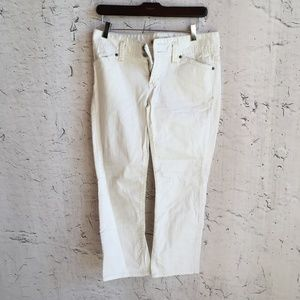GAP LOW RISE CROPPED WHITE JEANS 2R
